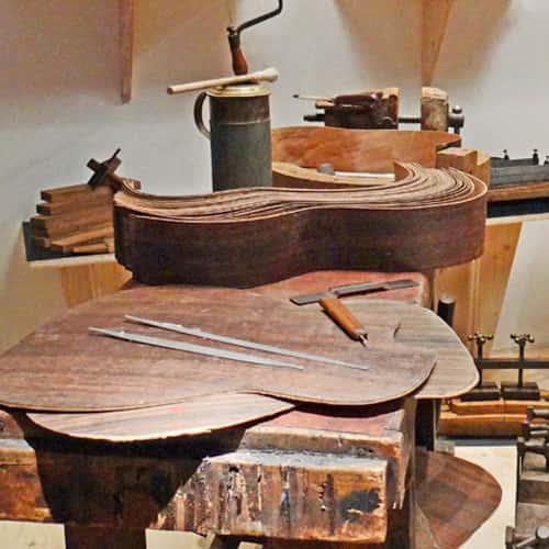 Atelier de luthier guitare